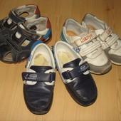 Обувь детская пакетом на ножку 16 - 17 см. Кроссовки, босоножки, туфли для мальчика.