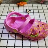 Crocs кроксы сандалии для девочек Karin джибитс в подарок
