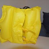надувной жилет на 3-6 лет , 18-30 кг