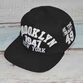 Новая кепка с прямым козырьком. Снепбек, снепбэк, реп, реперка, Бруклин