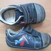Кожанные пинетки кросовки  Clarks 18,5р стелька 11 см