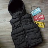 Жилетка жилет с капюшоном H&M (9-10 лет