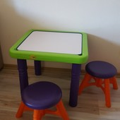 Детский столик Crayola с 2 стульями
