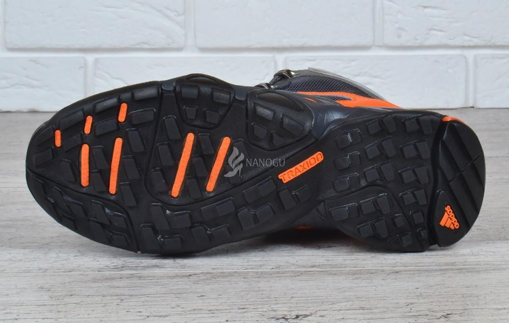 Термо кроссовки кожаные adidas gore tex terrex мембранные серые с оранжевым фото №2