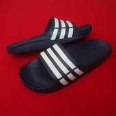 Шлепанцы Adidas оригинал 43-44 размер