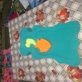 Коврик с игрушками для купания младенцев