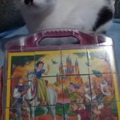 Кубики-пазлы Disney в чемодане.