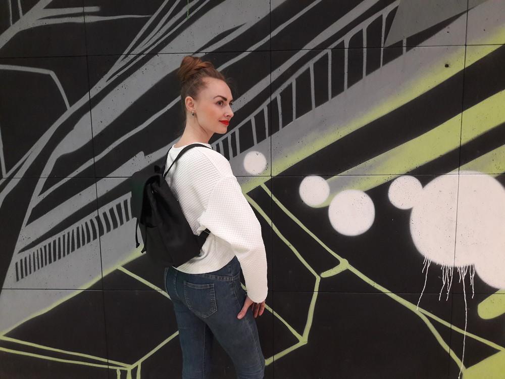 e2040ff6abbe Дизайнерский женский рюкзак чёрный с экокожи для ноутбука, учебы, прогулок  фото №4