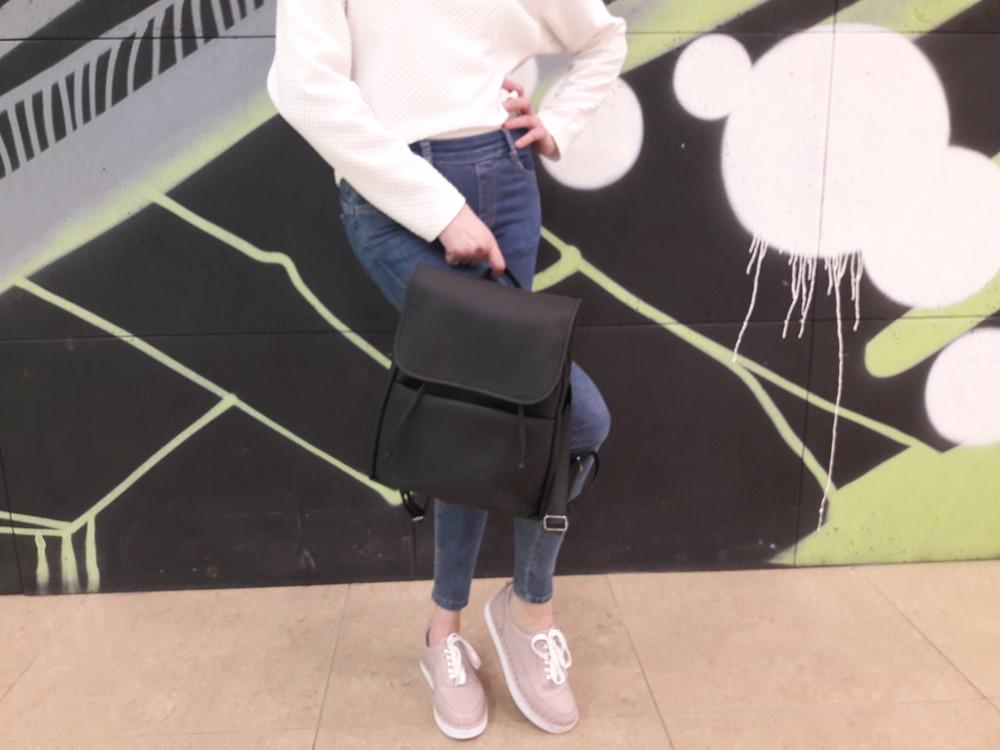 35e8205f988c Дизайнерский женский рюкзак чёрный с экокожи для ноутбука, учебы, прогулок  фото №7