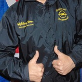 Спортивная  фирменная курточка демисезонная B&C .л-хл .