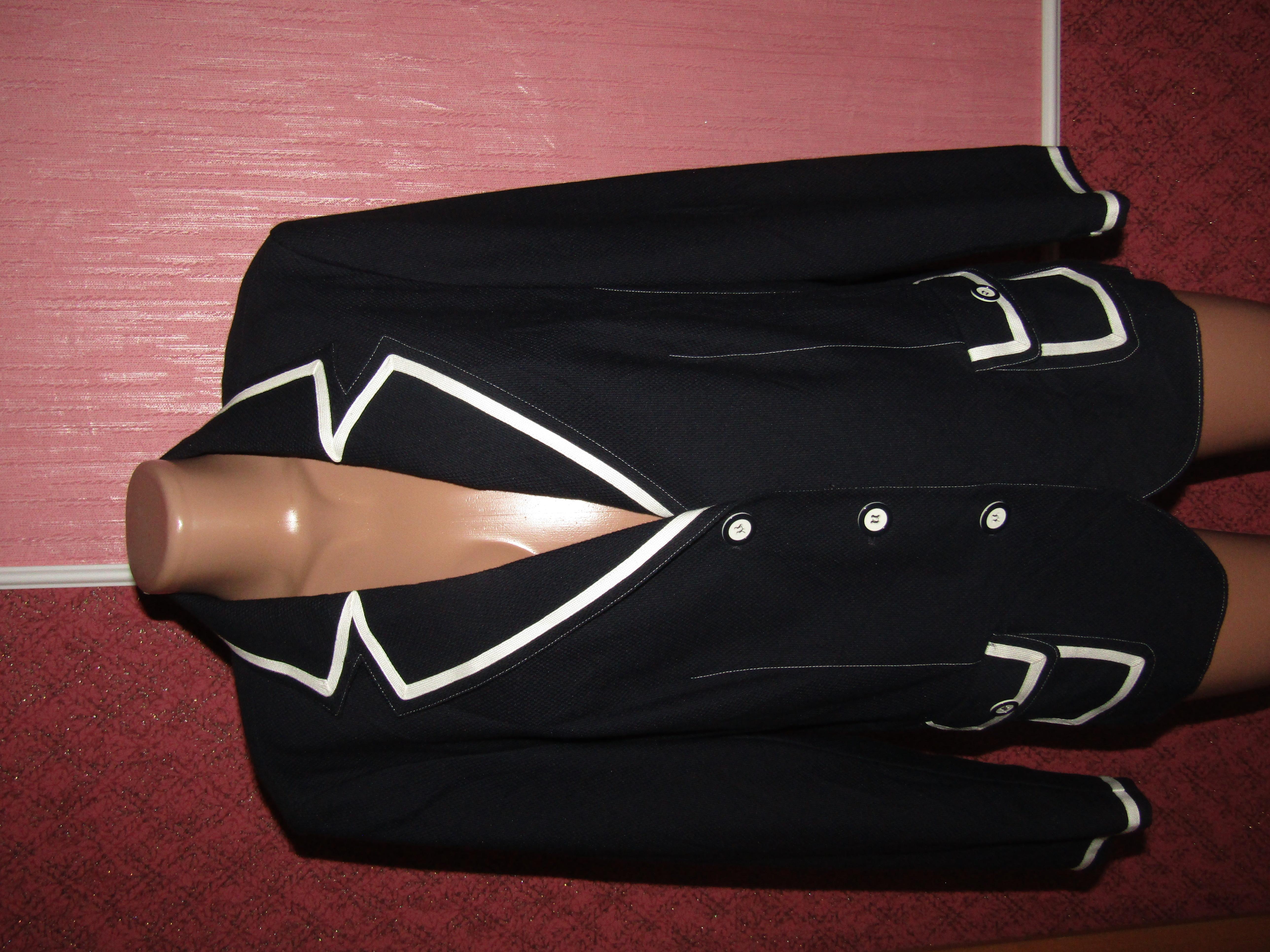пиджак большой р-р 18 сост нового Franken Walder