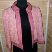 Фирменный блейзер пиджак р.xs-s Jesire