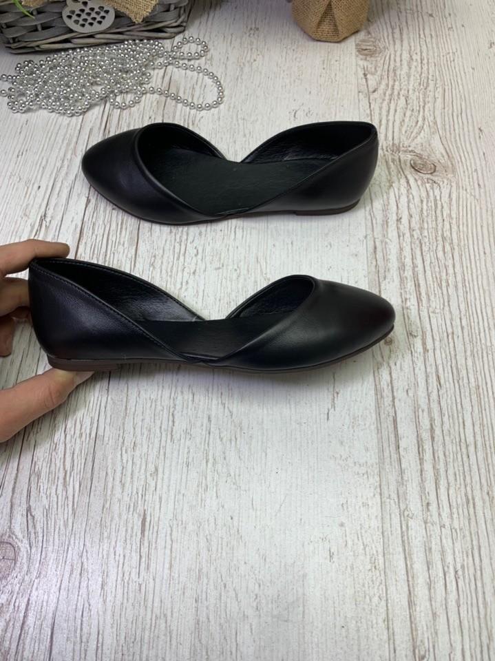 Кожаные и замшевые балетки чёрные и красные фото №1