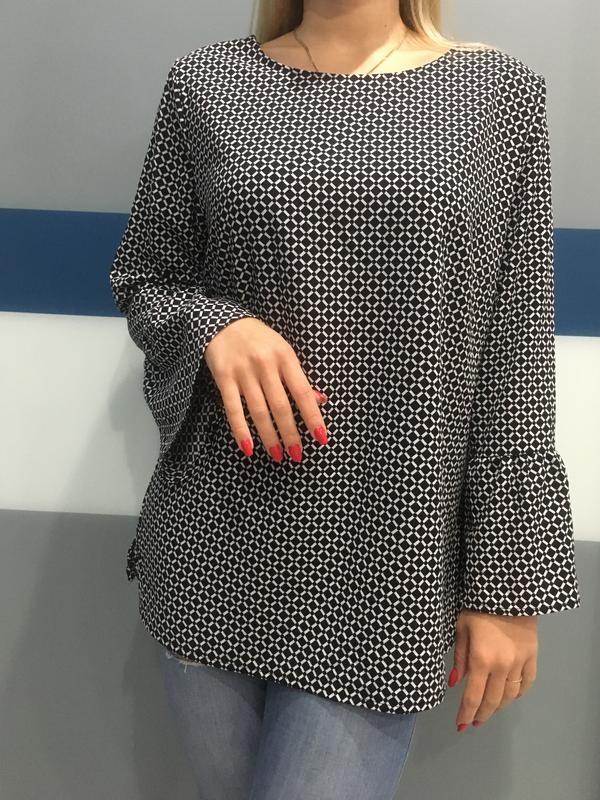 Блузка в принт ромбы фото №1