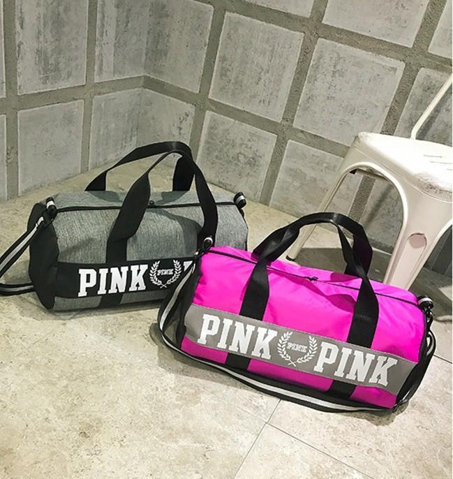 e515e411d4b2 Спортивная сумка vs pink с кармашком для обуви, для фитнеса и путешествий  фото №3