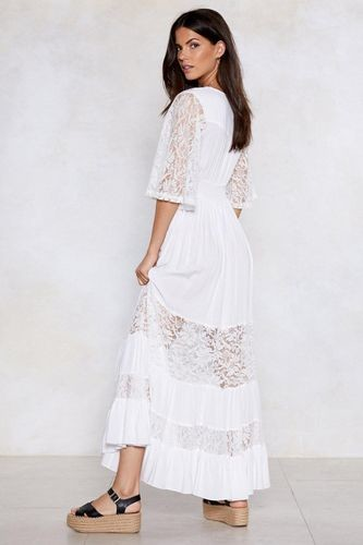 Платье летнее длинное белое в кружевом пляжное фото №1