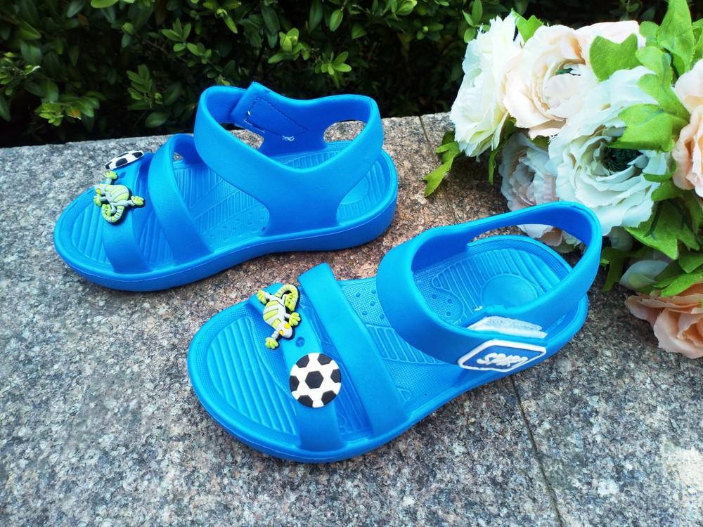 Пляжные босоножки для мальчика размер 25 -16,5 см голубые фото №1