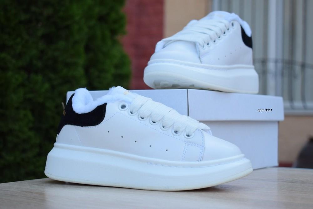 Зимние кроссовки alexander mcqueen белые с черным фото №1