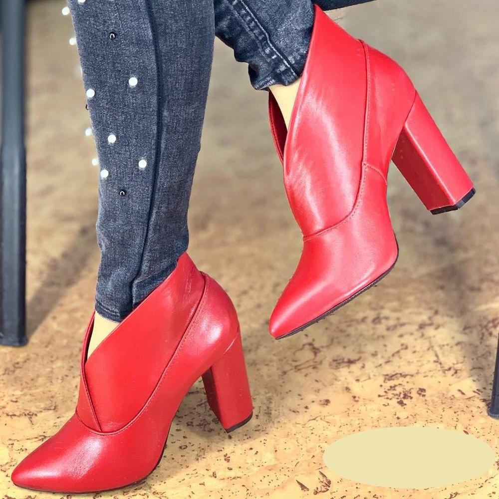 Ботинки ботилены люкс качества , есть инд пошив, каблук 4,6,8,9 см или танкетка разные цвета фото №1