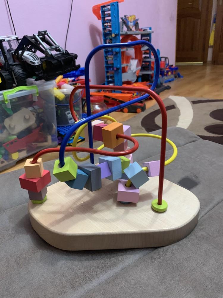 Развивающая игрушка для малышей лабиринт. фото №1