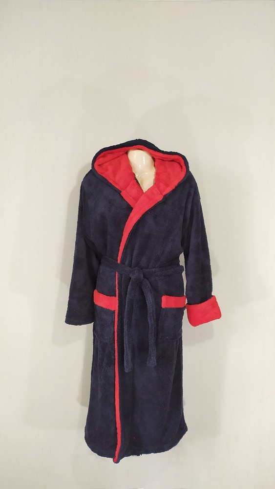 Мужской махровый халат с капюшоном и карманами на запах фото №1