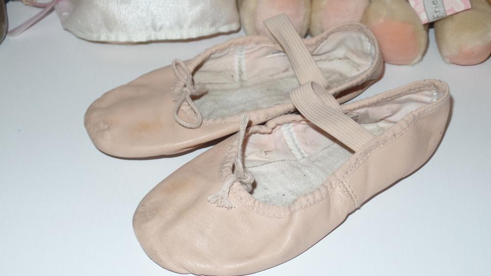 Фирменные кожаные балетки для танцев ,гимнастики и т.д фото №1