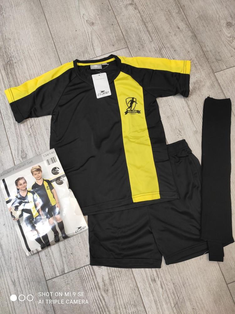 Футбольная форма комплект футболка шорты гетры crane 110/116, 134/140 и 146/152 фото №1