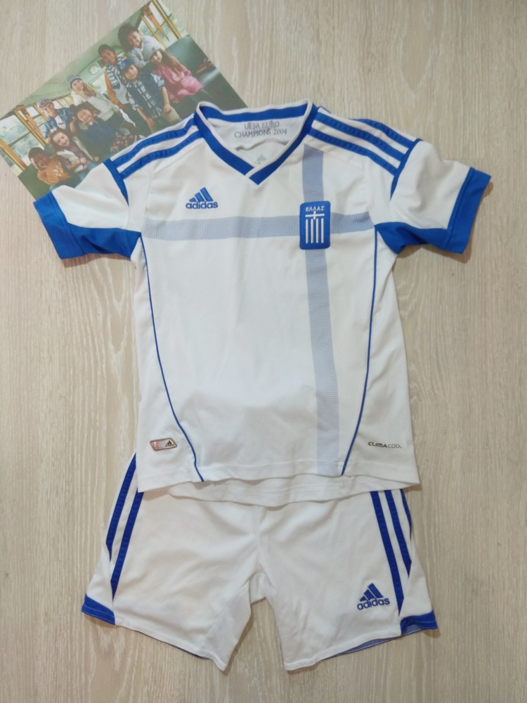Футбольна форма 116 см adidas фото №1