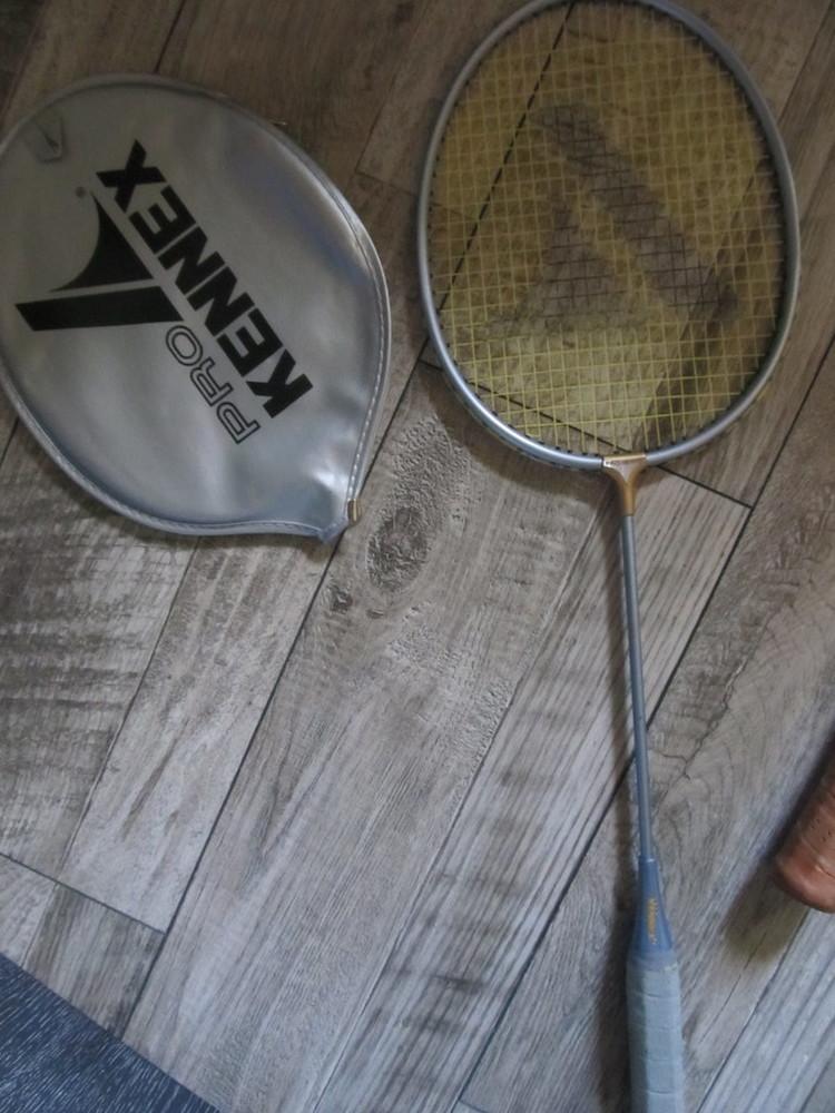 Ультралегкая атакующая ракетка для бадминтона pro kennex 20i чехол oригинал. фото №1